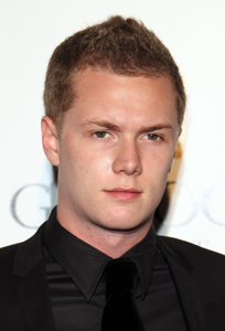 Barron Hilton needs cash
