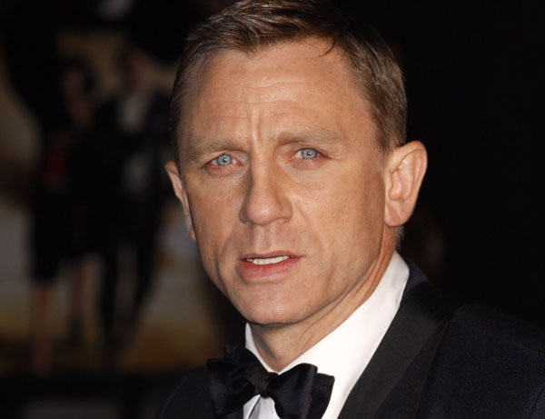 Daniel Craig: Man Candy Monday featured celebrity hottie