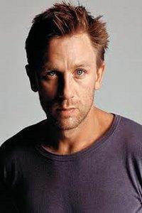 Daniel Craig, we heart you