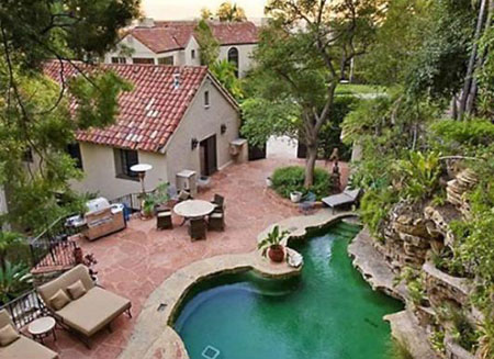 Katy Perry's real estate buy