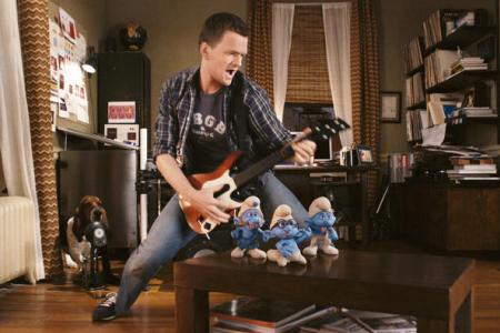 Neil Patrick Harris rocks The Smurfs