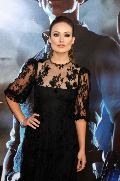 olivia wilde in black lace dress