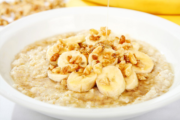 porridge with nuts and honey