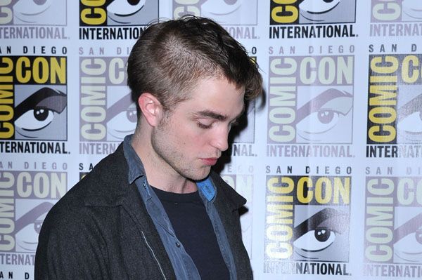 Robert Pattinson's weird hairstyle