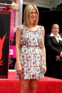 Jennifer Aniston baby rumors heat up