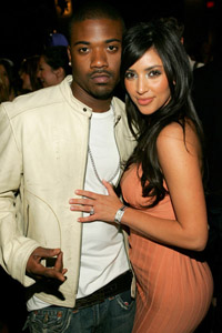 Ray J reportedly texte Kim Kardashian on wedding day