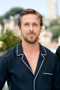Ryan Gosling breaks up brawl
