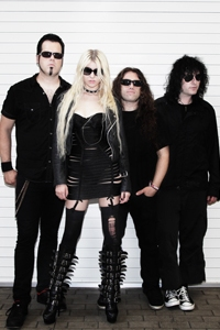 Momsen just wants to rock