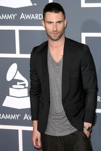 Levine goes scripted with karaoke!