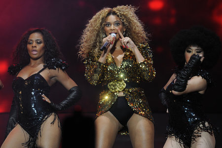 beyonce to perform at vmas!