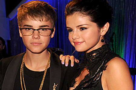 Justin Bieber and Selena Gomez at the VMAs