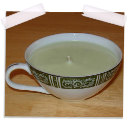 Soy teacup candle