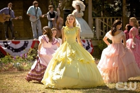 king is hart of dixie!