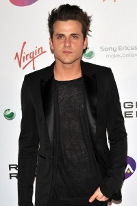 Jared Followill tweets wedding news