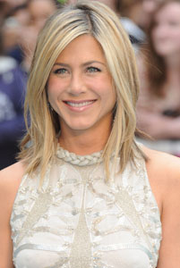 Jennifer Aniston kicked Brad Pitt out of the house!