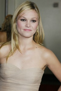 Julia Stiles