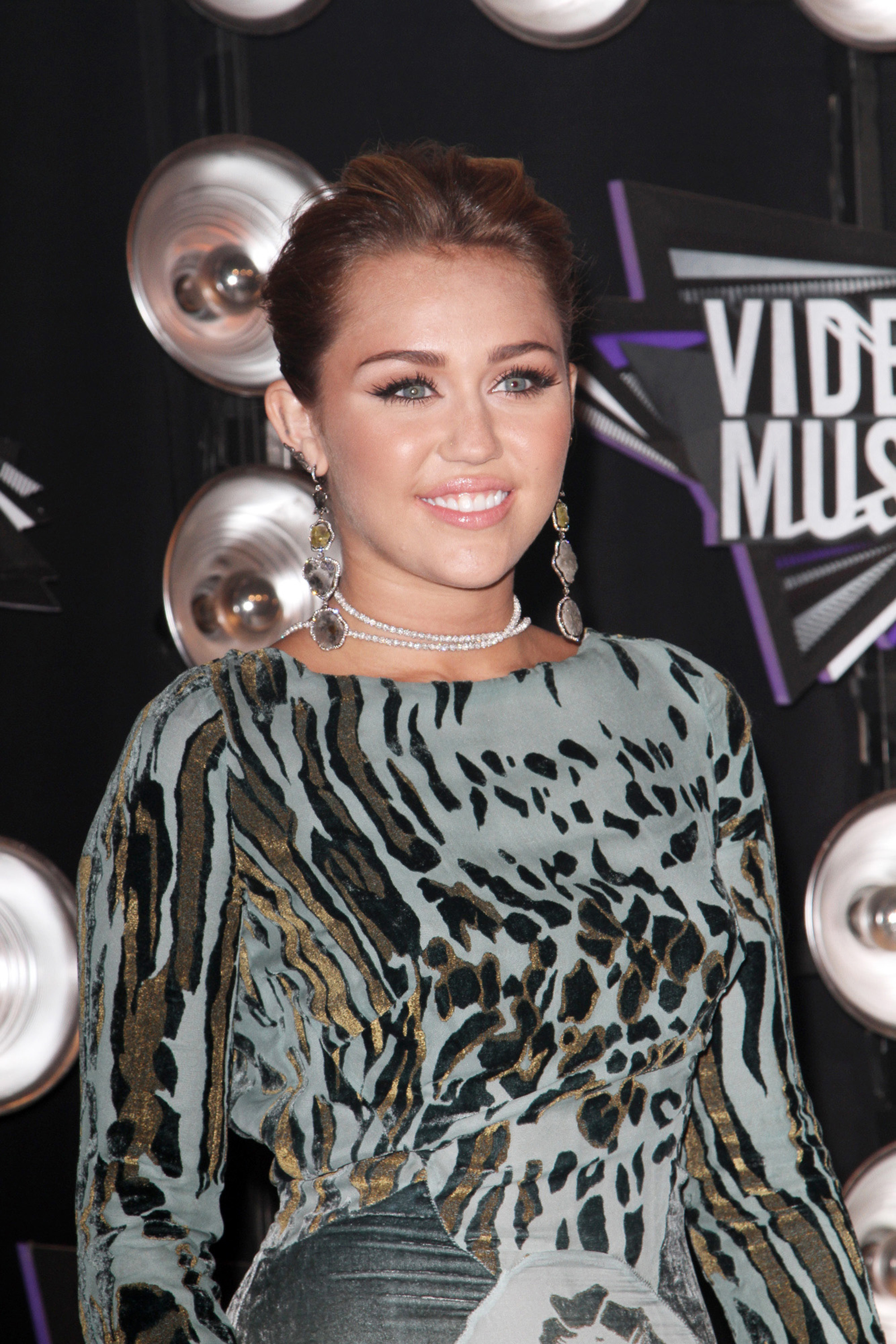 Miley Cyrus VMA Hairstyle