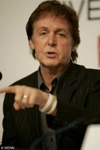Paul McCartney will cooperate with police