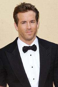 A second chance for Ryan Reynolds & Scarlett Johansson?