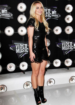 Britney Spears - VMA Fashion