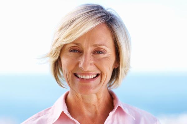 Eye shadow tips for gray hair