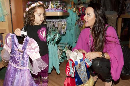 The Disney Store kicks off Halloween with fun
