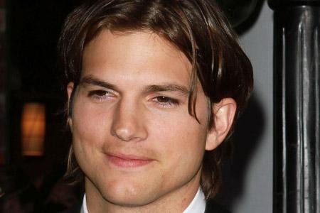 Is Sara Leal asking 250K for Ashton Kutcher story