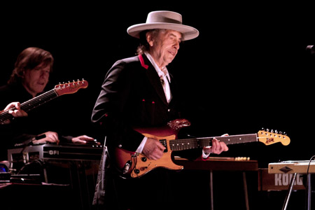 Bob Dylan accused of copying other artists