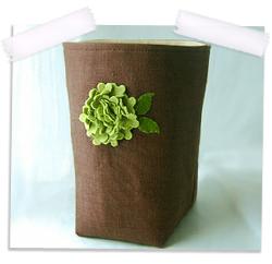 Linen storage box