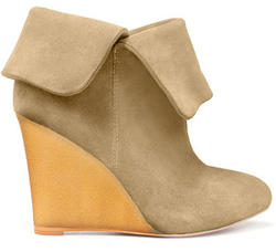 Our pick: Crepe wedge ankle boot in green suede (Zara, $100).