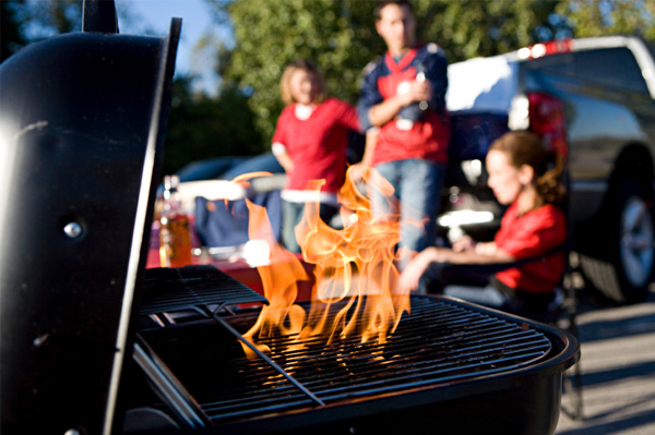 Grill The Perfect Burger Tailgate Style