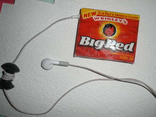 Make a gum wrapper iPod cover
