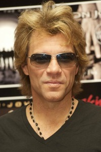 Jon Bon Jovi aids those in need of a meal