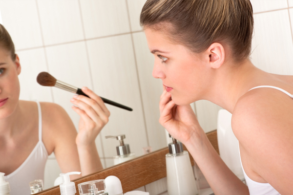makeup mistakes that age you