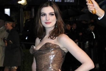 Anne Hathaway Joins Les Miserables