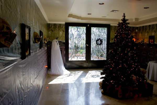 Bridget Marquardt's Halloween Christmas tree