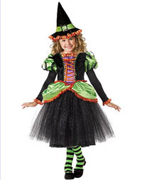 Girl-Halloween-Costume-Storybook-witch