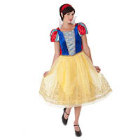 Mom-Halloween-Costume-Snow-White