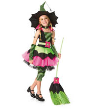 Tween-Halloween-Costume-Witch
