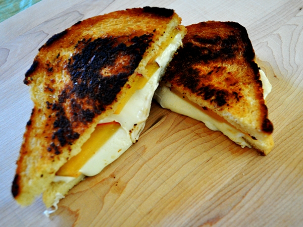 Fresh fruit makes grilled cheese sweet
