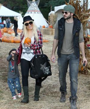 stylish celebrity mom, Christina Aguilera