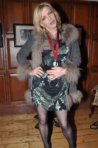Courtney Love receives Trinity College honor