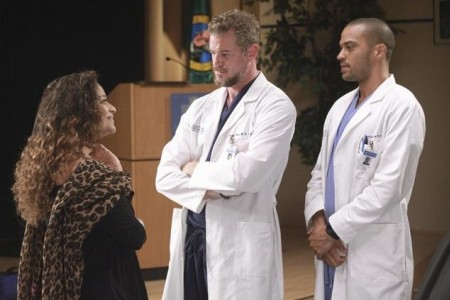 Debbie Allen checks into Grey's anatomy