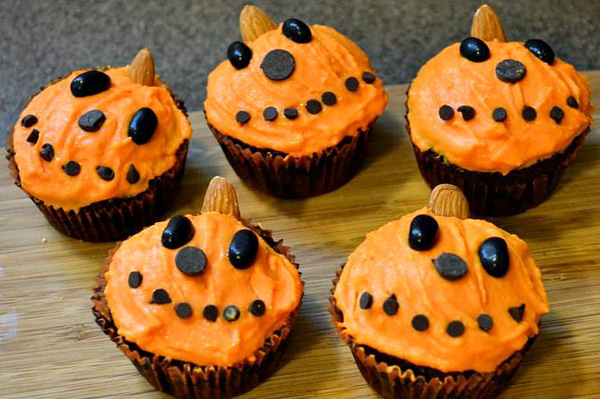 Spook up your party with cupcakes!