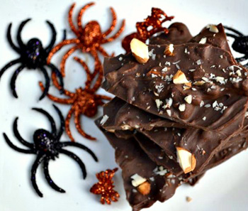 Spicy salted chocolate bark