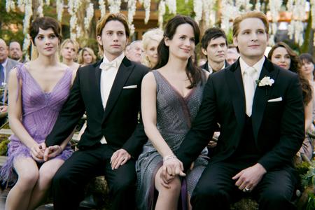 Twilight: Breaking Dawn photos released!