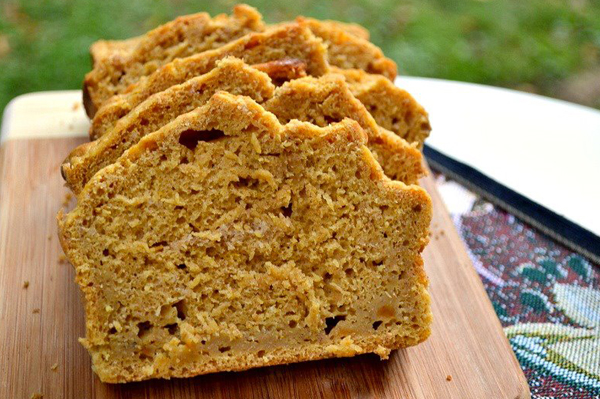 Light whole wheat pumpkin beer bread
