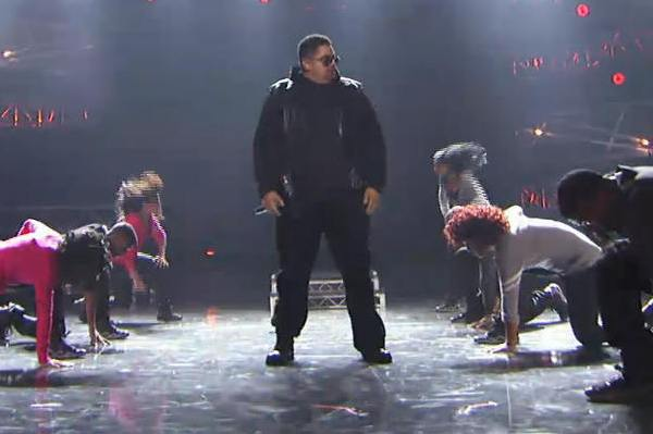 Heavy D dead at 44. Check out his performance at the BET Awards