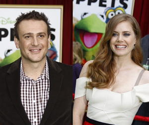 Jason Segel and Amy Adams showing their Muppet love