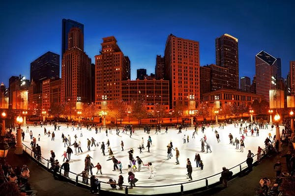 ice-skating-in-chicago-millennium-park